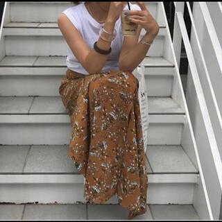 TODAYFUL - トゥデイフル フラワースリットスカート