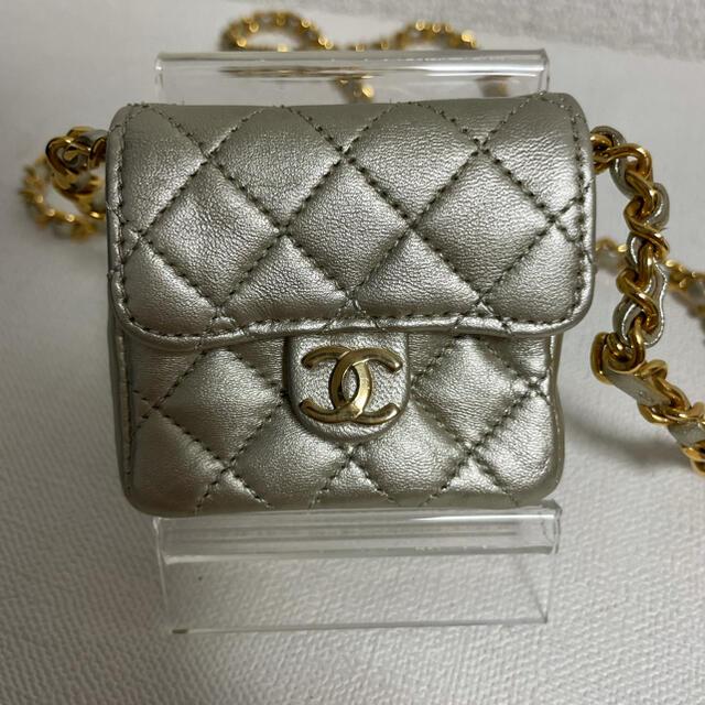 CHANEL(シャネル)の正規品 シャネル  マイクロ ショルダーバッグ レディースのバッグ(ショルダーバッグ)の商品写真