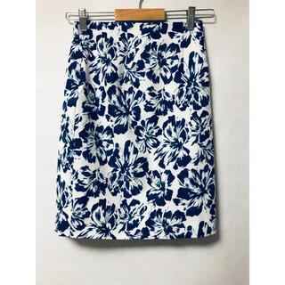 ココディール(COCO DEAL)の美品 ココディール フラワータイトスカート(ひざ丈スカート)