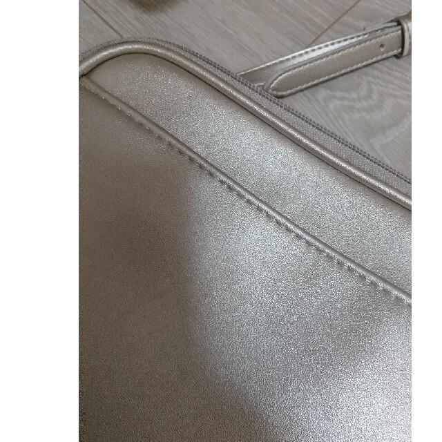 GU(ジーユー)のショルダーバッグ レディースのバッグ(ショルダーバッグ)の商品写真