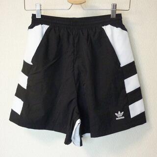 adidas - 新品◆(L)アディダスオリジナルス 黒ラージロゴショートパンツ