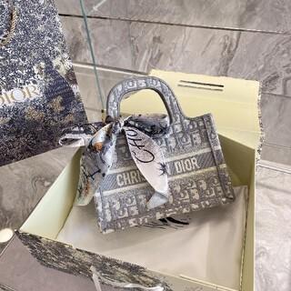Dior - 早い者勝ち 美品 Dior ディオール ハンドバッグ 1