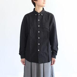 ヤエカ(YAECA)のmaillot マイヨ リネンボタンダウンシャツ 黒 サイズ00(シャツ/ブラウス(長袖/七分))