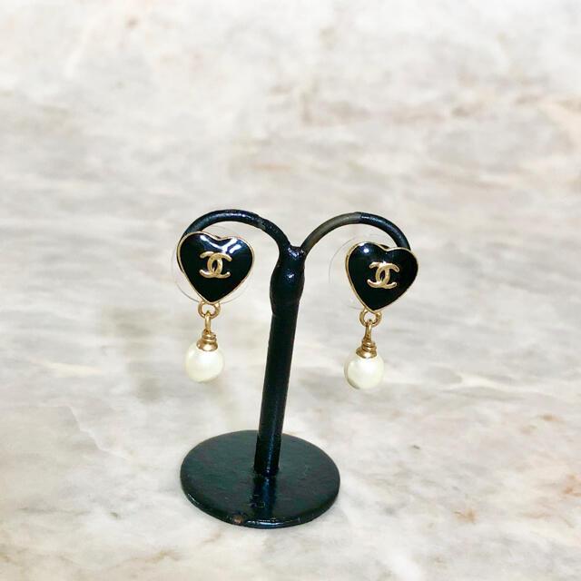 CHANEL(シャネル)の正規品 シャネル ピアス ハート ココマーク パール 真珠 スイング ゴールド4 レディースのアクセサリー(ピアス)の商品写真