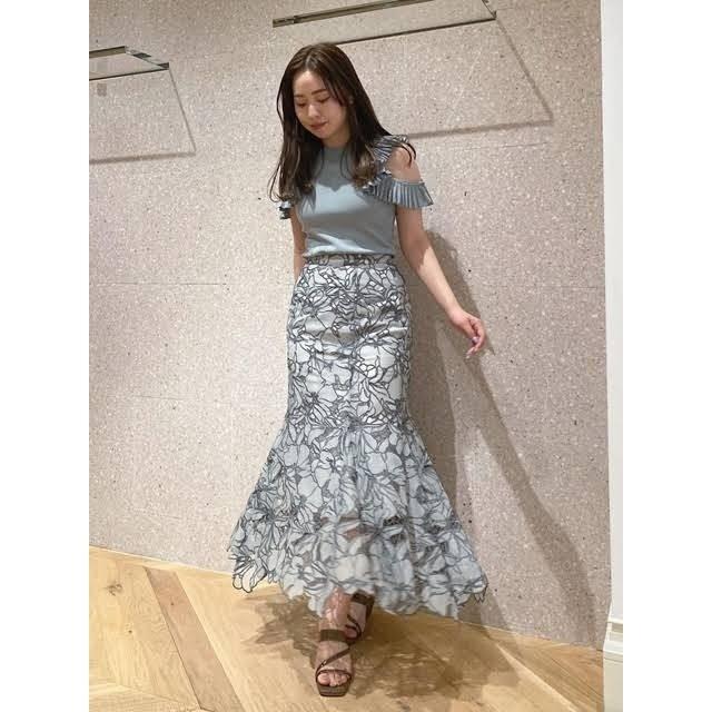 snidel(スナイデル)のカッティングレースマーメイドスカート レディースのスカート(ロングスカート)の商品写真