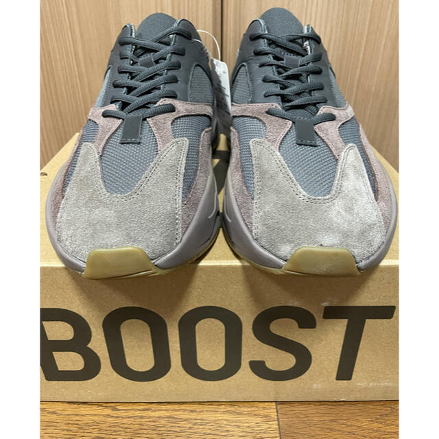 adidas(アディダス)の【新品】Adidas Yeezy 700 Mauve 29cm US11 メンズの靴/シューズ(スニーカー)の商品写真