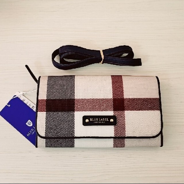 BURBERRY BLUE LABEL(バーバリーブルーレーベル)のブルーレーベルクレストブリッジ お財布ショルダーバック 未使用 レディースのファッション小物(財布)の商品写真
