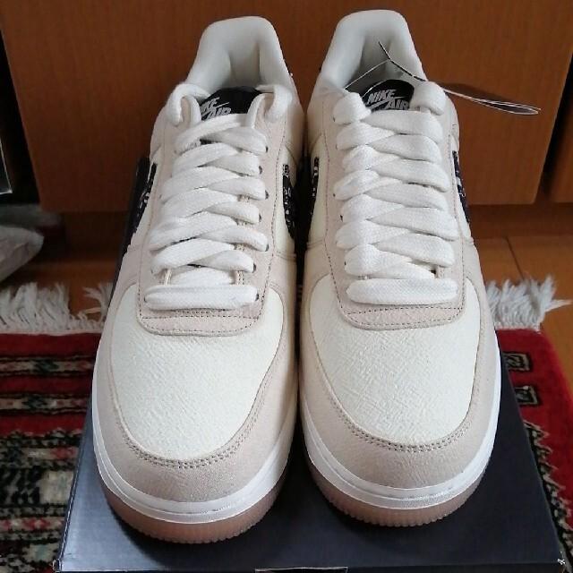 NIKE(ナイキ)の新品 29cm エアフォース ワン ロー ペイズリー LOW PAISLEY メンズの靴/シューズ(スニーカー)の商品写真