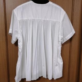 サカイラック(sacai luck)のサカイラック後ろギャザーブラウス(シャツ/ブラウス(半袖/袖なし))