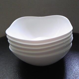 ヤマザキセイパン(山崎製パン)の山崎春のパンまつり arc白いお皿セット スクエアボウル5枚 【未使用】(食器)
