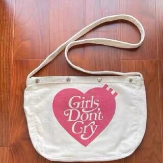 ジーディーシー(GDC)のhumanmade x girls don't cry PAPERBOY BAG(ショルダーバッグ)