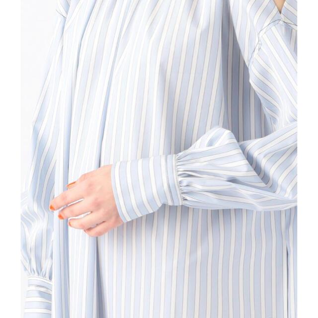 TOMORROWLAND(トゥモローランド)のタグ付き 新品未使用トゥモローランドコットンストライプ ネックギャザーワンピース レディースのワンピース(ロングワンピース/マキシワンピース)の商品写真