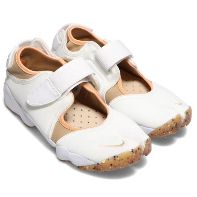 NIKE(ナイキ)の24 cm ナイキ エアリフト パールホワイト ベージュ レディースの靴/シューズ(スニーカー)の商品写真