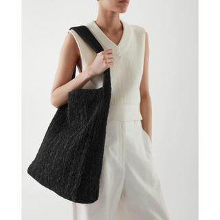 COS - cos バッグ スモッキング刺繍オーバーサイズ買い物バッグ