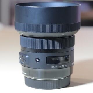 シグマ(SIGMA)のSIGMA 30mm F1.4 DC HSM Art キヤノンEFマウント(レンズ(単焦点))