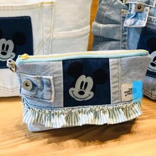 ディズニー(Disney)のミッキー ❤️ デニム  ハンドメイドバッグ リメイクバッグ ポーチ(ポーチ)