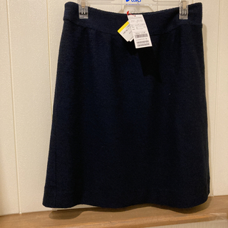 エニィファム(anyFAM)のKUMIKYOKU FAM 新品タグ付/紺色スカート(ひざ丈スカート)