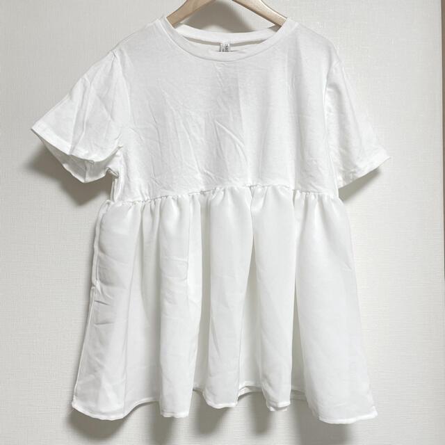 IENA(イエナ)の新品未使用 裾フリルTシャツ 白 Mサイズ レディースのトップス(Tシャツ(半袖/袖なし))の商品写真