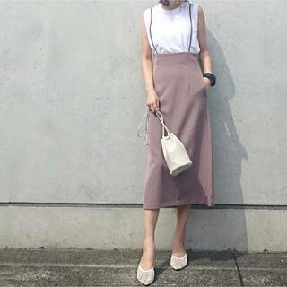 ジーユー(GU)のGU サスペンダー付きナロースカート(ひざ丈ワンピース)
