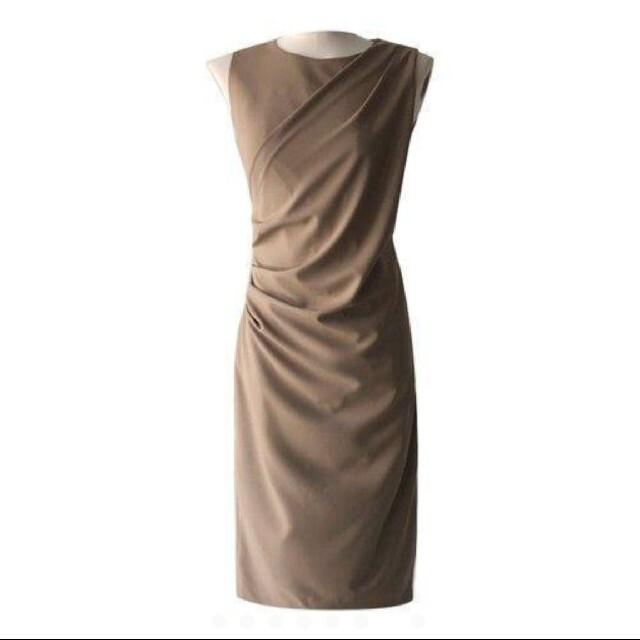 ZARA(ザラ)の人気のノースリーブ ワンピース ブラウン ドレス レディース  レディースのワンピース(ひざ丈ワンピース)の商品写真