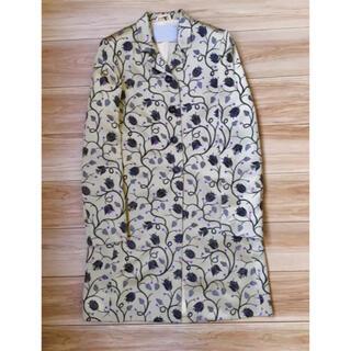 PRADA - 品格ある華やかさ「プラダ」最高品質のシルク100% コートドレス