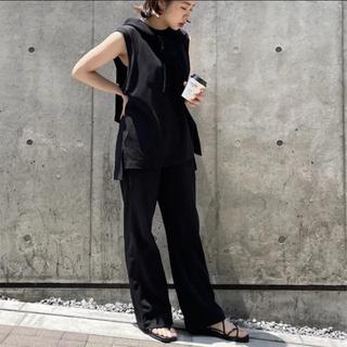 ユニクロ(UNIQLO)のmame エアリズムコットンT ノースリーブ 黒(Tシャツ(半袖/袖なし))