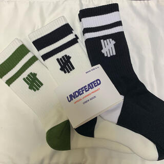 UNDEFEATED - undefeated 靴下 ソックス アンディフィーテッド 25〜29cm 3足