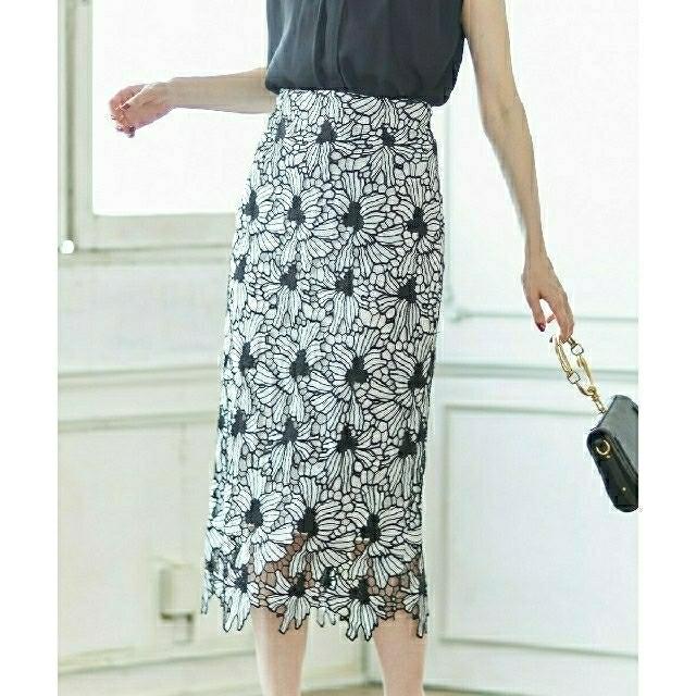 tocco(トッコ)の完売☆tocco 配色フラワーレースタイトスカート オフホワイト×ブラック レディースのスカート(ロングスカート)の商品写真