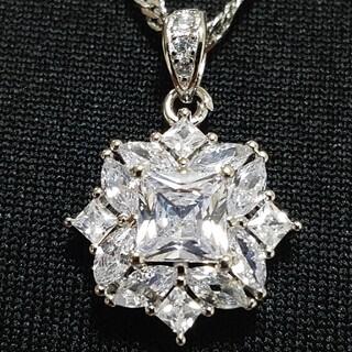 ☆極上品☆モアサナイトダイヤモンド☆プリンセスカット☆シルバー925(ネックレス)