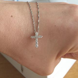 Tiffany & Co. - 美品 0.3カラットダイヤモン  プラチナ クロスネックレス 十字架