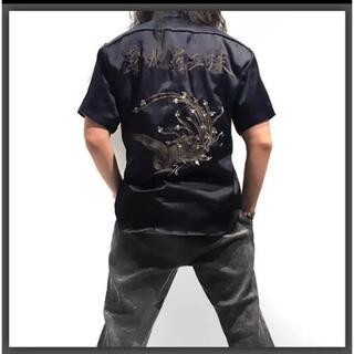 イサムカタヤマバックラッシュ(ISAMUKATAYAMA BACKLASH)の超レア新品!!(定価40700)バックラッシュBACKLASH・刺繍半袖シャツ(シャツ)