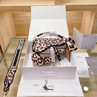 ディオール(Dior)の【新品】Dior  ヒョウ柄のショルダーバッグ(その他)