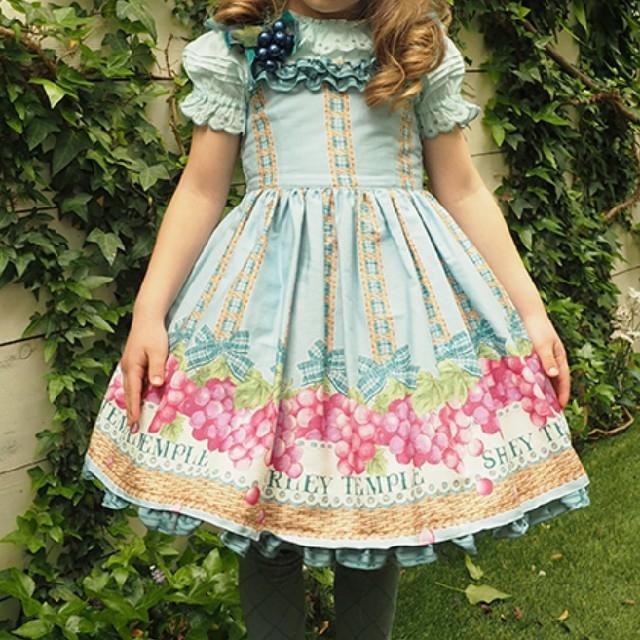 Shirley Temple(シャーリーテンプル)のシャーリーテンプル ぶどう 130 キッズ/ベビー/マタニティのキッズ服女の子用(90cm~)(ワンピース)の商品写真