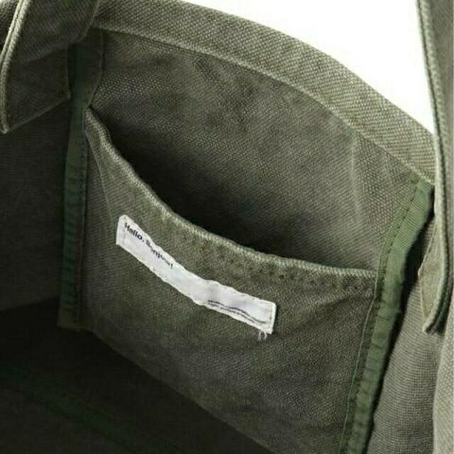 L'Appartement DEUXIEME CLASSE(アパルトモンドゥーズィエムクラス)のアパルトモン、Graphictote bag、カーキ色 レディースのバッグ(トートバッグ)の商品写真