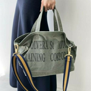 アパルトモンドゥーズィエムクラス(L'Appartement DEUXIEME CLASSE)のアパルトモン、Graphictote bag、カーキ色(トートバッグ)