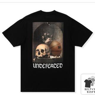 アンディフィーテッド(UNDEFEATED)の新作【新品未使用】定価6380円 UNDEFEATED(Tシャツ/カットソー(半袖/袖なし))