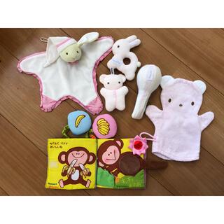 ファミリア(familiar)の★おまけ付き★ベビー用布製おもちゃ  セット(がらがら/ラトル)