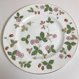 WEDGWOOD - 【新品未使用】ウェッジウッド ワイルドストロベリー プレート大皿
