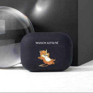 MAISON KITSUNE' - Maison Kitsuné メゾンキツネ airpodsケース