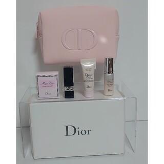 クリスチャンディオール(Christian Dior)のクリスチャンディオール ブルーミング ブーケ EDT ポーチセット(コフレ/メイクアップセット)