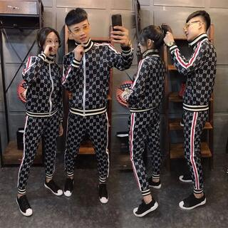 グッチ(Gucci)のメンズファッショントップスとパンツスーツ(Tシャツ/カットソー(半袖/袖なし))