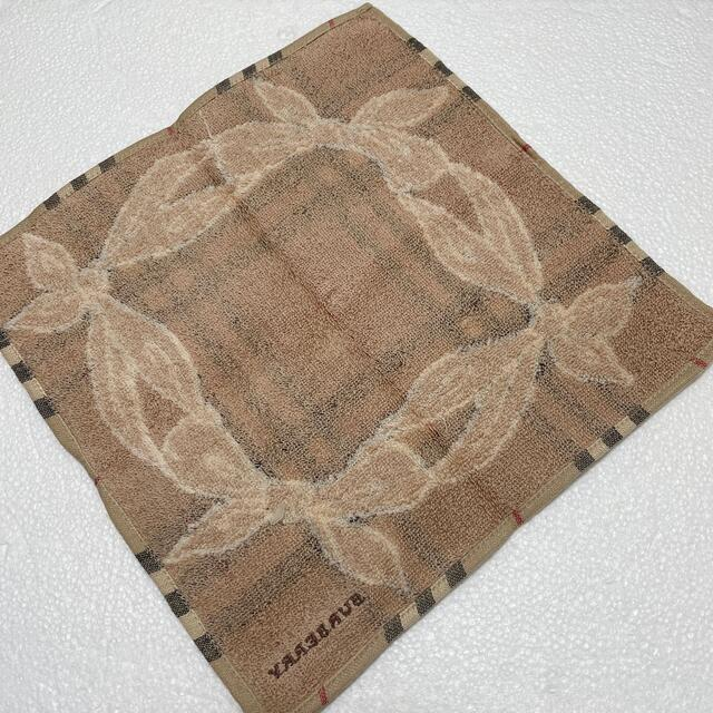 BURBERRY(バーバリー)の⭐️再値下げ⭐️レア⭐️新品⭐️バーバリー タオルハンカチ レディースのファッション小物(ハンカチ)の商品写真