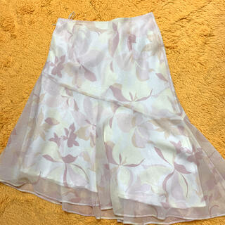 エニィスィス(anySiS)のアシンメトリー スカート(ひざ丈スカート)
