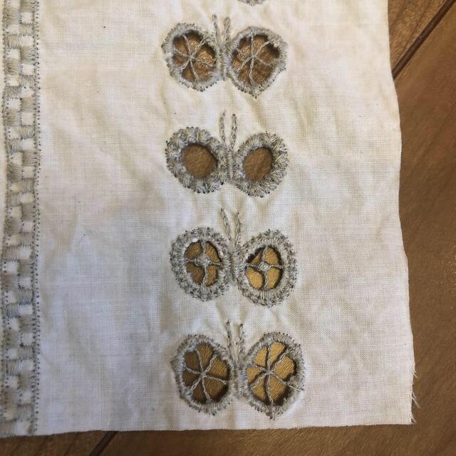 mina perhonen(ミナペルホネン)のミナペルホネン chiyo はぎれ ホワイト グレー 12 ハンドメイドの素材/材料(生地/糸)の商品写真