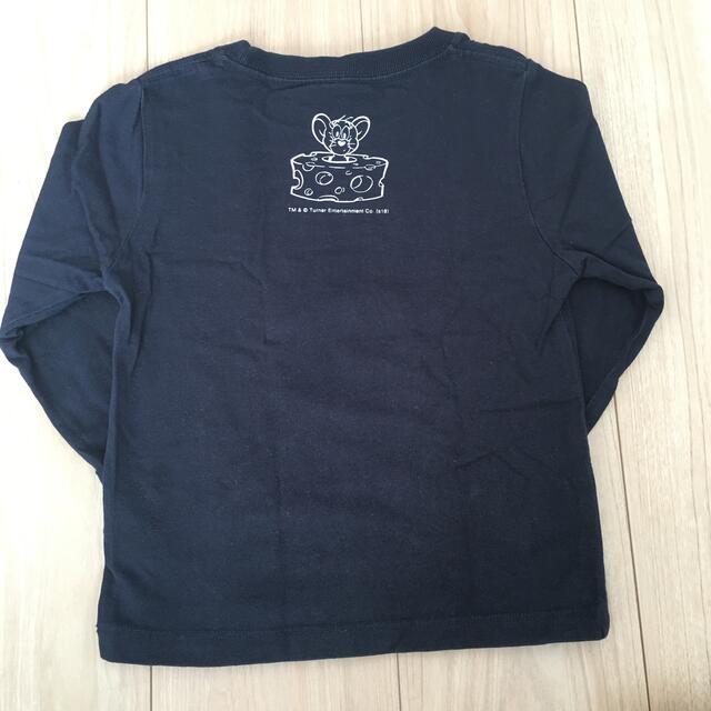 Design Tshirts Store graniph(グラニフ)のグラニフ トム&ジェリー 長袖カットソー 110 キッズ/ベビー/マタニティのキッズ服男の子用(90cm~)(Tシャツ/カットソー)の商品写真