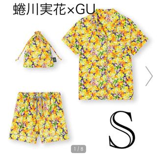 ジーユー(GU)の新品!パジャマ(半袖&ショートパンツ)FYOS 蜷川実花(ルームウェア)