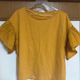 ジーユー(GU)のGUのカラシ色のシャツ(Tシャツ(半袖/袖なし))