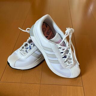アディダス(adidas)のadidas スニーカー22㎝ 新品(スニーカー)