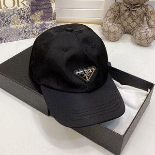 PRADA - ♔♔ 大人気  PRADA /プラダ キャップ 帽子  男女兼用 ♔♔ #007