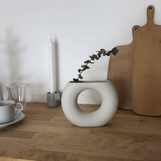 【大人気】ドーナツ型花瓶 韓国インテリア インスタ 北欧雑貨 置物